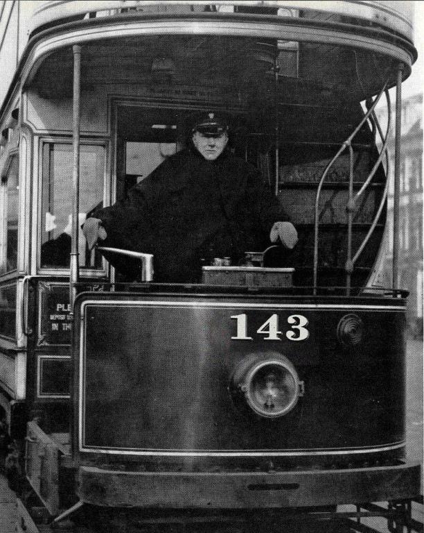 Tram143-1