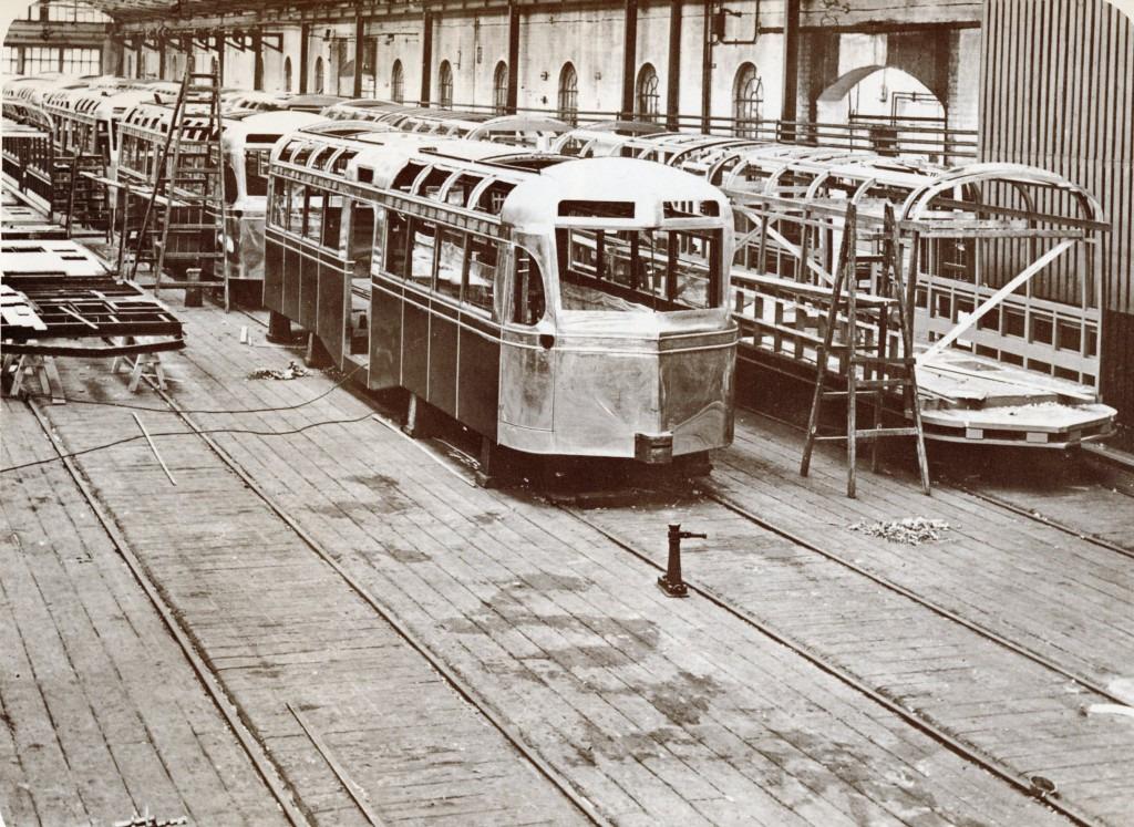 Tram279-1