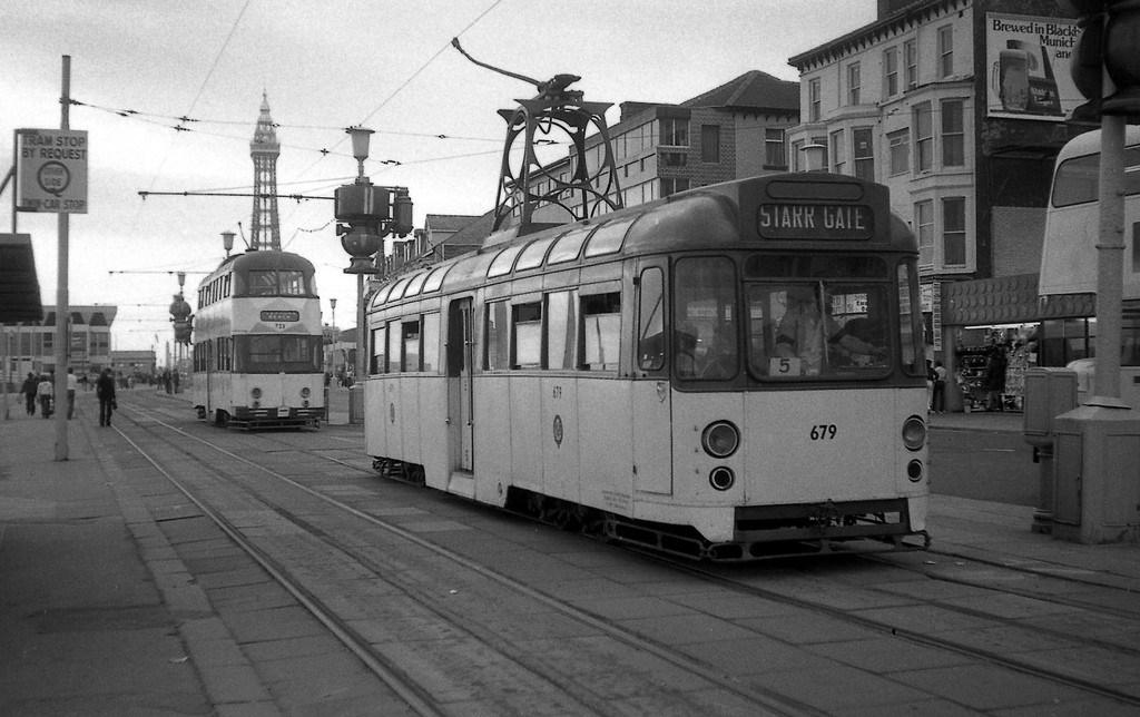 Tram279-6