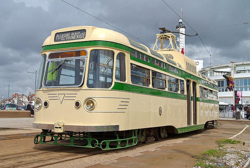 Tram304-1