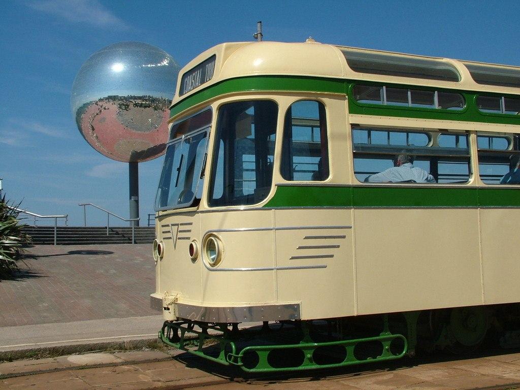 Tram304-14