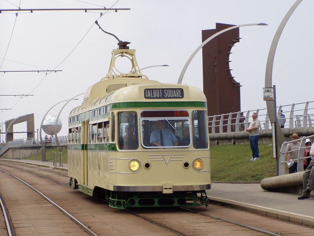 Tram304-9