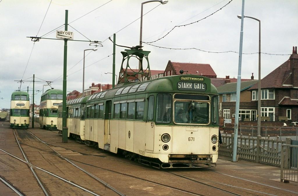 Tram671-2