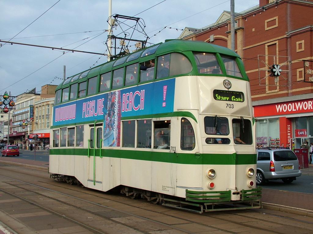 Tram703-1