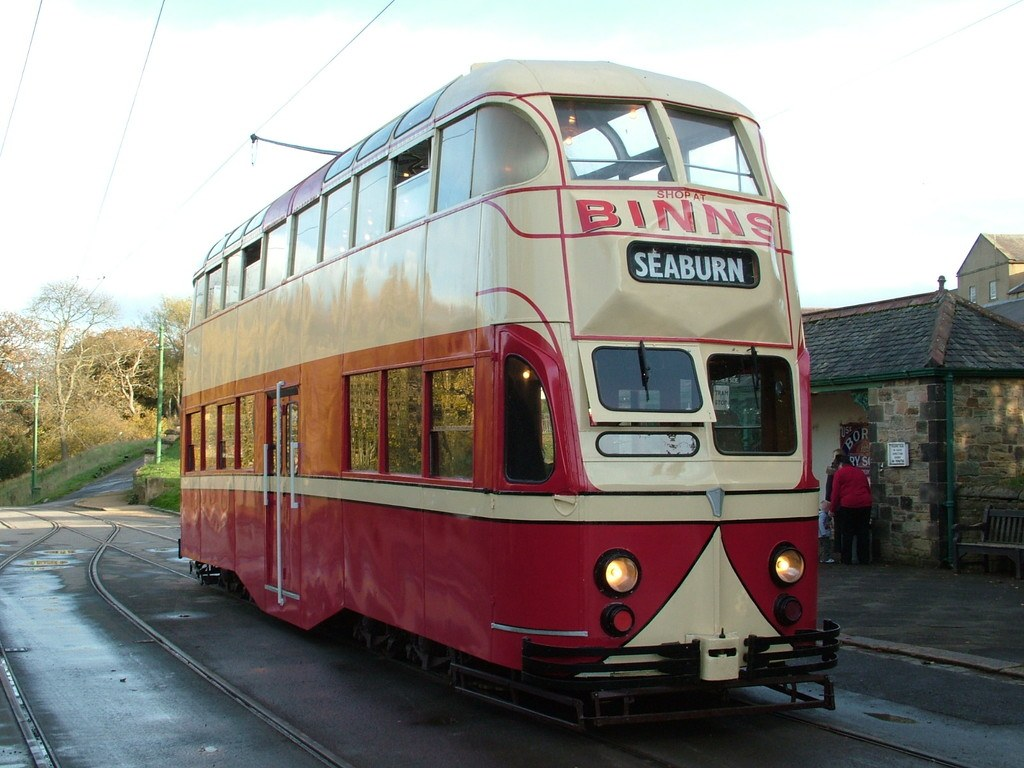 Tram703-11