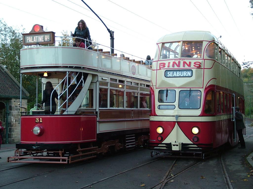 Tram703-16