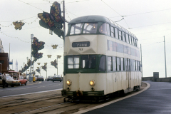 Tram703-4