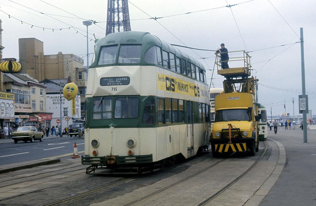 Tram715-12