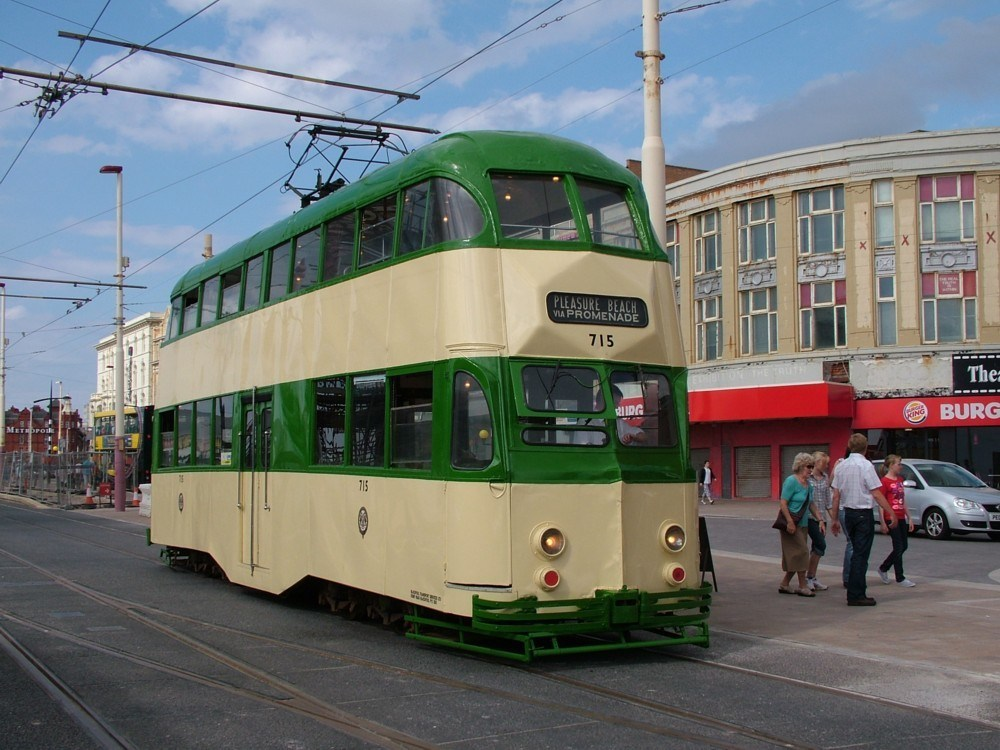 Tram715-18