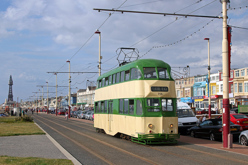 Tram715-23