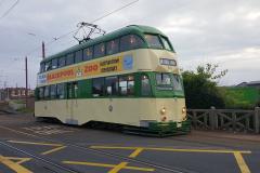 Tram715-17