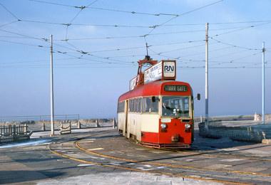 Tram8-13